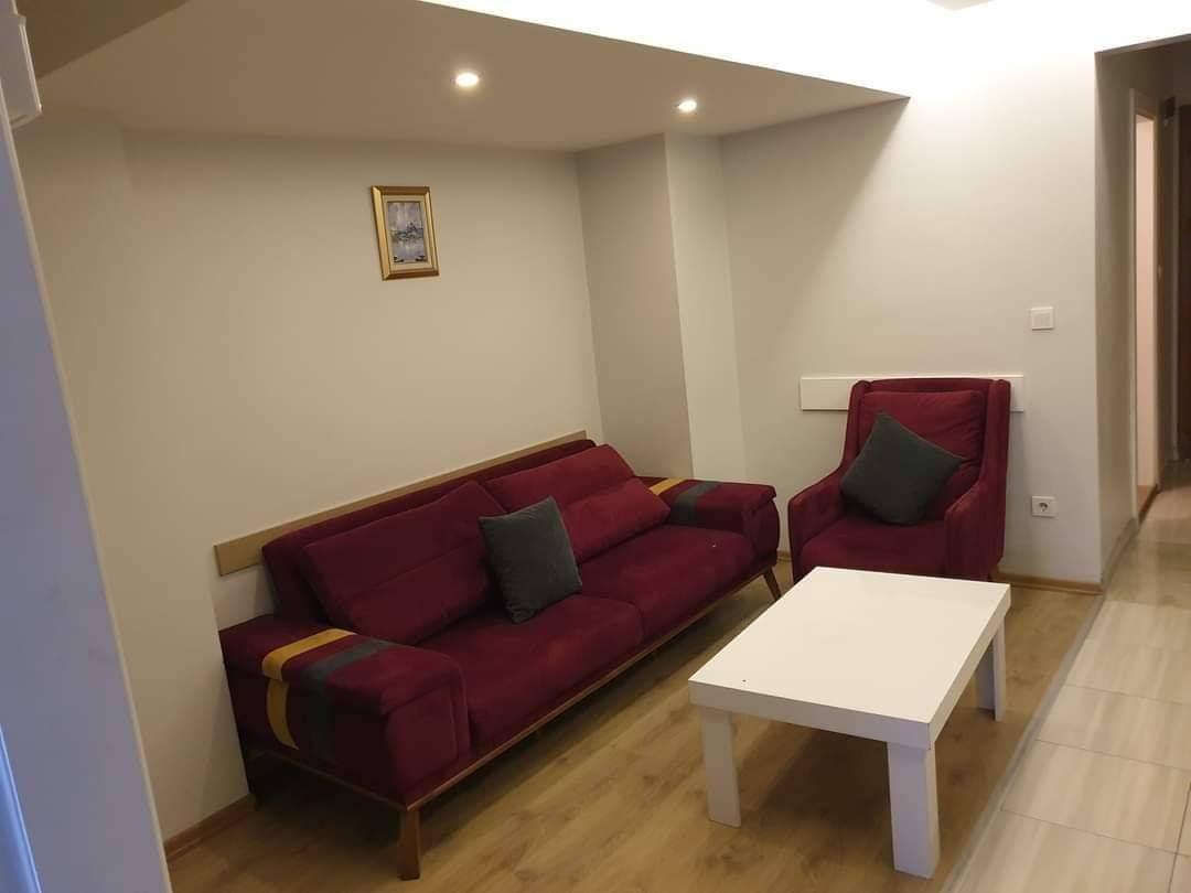 اعلان971شقة غرفة نوم وصالة مفروش لوكس لايجار السياحي بجانب الميتروا مباشرة في نشانتاشي شيشلي اسطنبول