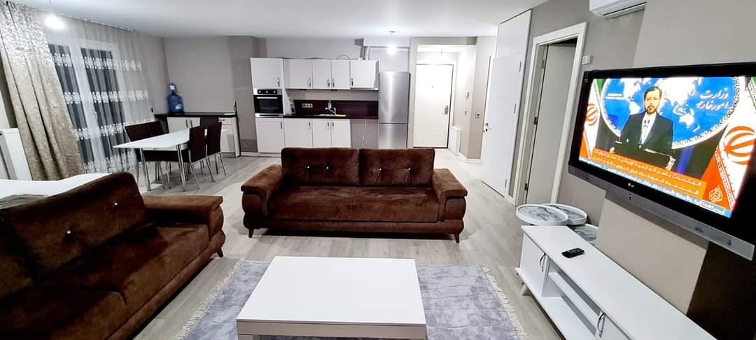 اعلان973شقة اربع غرف نوم وصالة ثلاث حمامات مفروش لوكس للايجار السياحي قرب مول جواهر في شيشلي اسطنبول