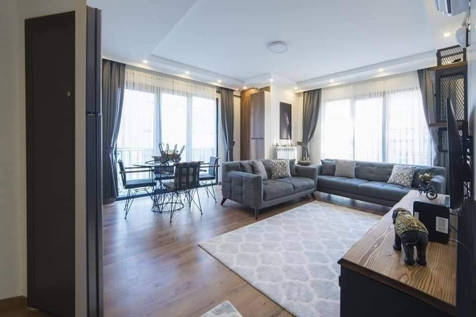 اعلان 975 شقة غرفتين نوم وصالة مفروش لوكس للايجار السياحي في شيشلي اسطنبول بالقرب من مول جواهر